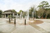 image of fountains  - This fountain marks the public entrance  to the ocean  - JPG