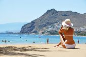 picture of canary  - Beach scene - JPG
