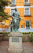 Statue Of Crispin, The Character Of Comedy Los Intereses Creados