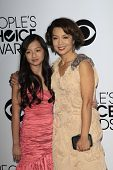 LOS ANGELES - JAN 8:  Michaela Zee, Ming-Na Wen at the People's Choice Awards 2014 Arrivals at Nokia
