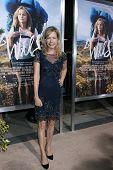 LOS ANGELES - NOV 19:  Cathryn de Prume at the