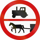 picture of carriage horse  - Polish traffic sign - JPG