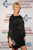 Jenna Elfman at the International Myeloma Foundation's 3rd Annual Comedy Celebration for the Peter B