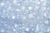 leichte blaue Schneeflocken und Glitter funkelt Background, super-Makro erschossen, shallow DOF