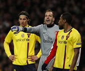 LONDON, ENGLAND. 31/03/2010. Arsenal Goalkeeper Manuel Almunia  in action during the  UEFA Champions