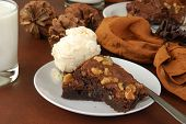 Brownies de chocolate con chocolate con nueces