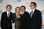 Janet Jones Gretzky, Wayne Gretzky with sons at the 10th Alfred Mann Foundation Gala, Robinson-May L