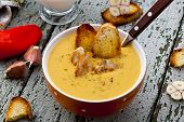 soup with lentils, chicken, thyme and croutons