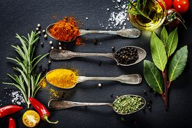 picture of slating  - Herbs and spices selection  - JPG