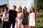 LOS ANGELES, 11 de julho: Lesli Kay, Winsor Harmon, Birgit C. Muller, Ashley Jones, Daniella Peters arri