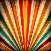 multicolor Sonnenstrahlen Grunge hintergrund. Jahrgang Poster.