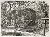 Tjoodji idol and grotto old view, Japan. Created by De Bar after Humbert, published on Le Tour du Mo