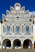 Fachada da casa na cidade de Telč, República Checa