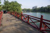 The-Huc-Bridge, Hanoi, Laos