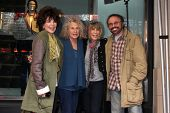 LOS ANGELES - 3 de dezembro: Carole Bayer Sager, Carole King, Cynthia Weil e Barry Mann em Hollywood