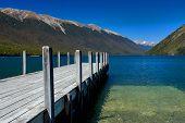 Постер, плакат: Чистое озеро Rotoiti Новая Зеландия