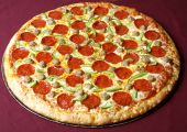 foto of take out pizza  - hot and spicy pizza for family time at home
