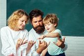 Family School Partnership. Counting On Fingers. Home Family Math Schooling - Parents Teaching Kids P poster