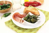image of pimiento  - Pimientos with Salt nuts ham and sauteed baguette - JPG
