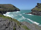 picture of inlet  - Cliffs surrounding coastal inlet seascape photographed at Boscastle in Cornwall - JPG