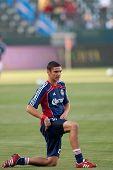 CARSON, CA. - 1 de junio: Chivas USA D Zarek Valentin #20 antes del partido de la MLS entre Vancouver Whitecap