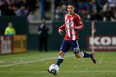 CARSON, CA. - 1 de junio: Chivas USA D Zarek Valentin #20 en acción durante el partido de la MLS entre Vancouve