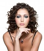 pic of black curly hair  - Beautiful of young woman with fashion makeup and curly hair - JPG