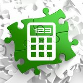 Calculator Icon on Green Puzzle.