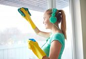 picture of window washing  - people - JPG