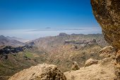 foto of plateau  - Panoramic view from the plateau from Roque Nublo - JPG