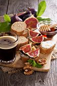 Coffee with figs and cheese bruschetta