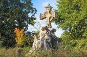 Headstone Statue