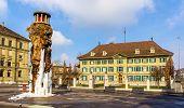 Frozen Meret Oppenheim Fountain And Police Office In Bern, Switzerland