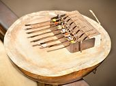 pic of idiophone  - Kalimba 7 note - JPG