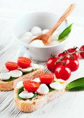 mozzarella; tomato; bread; food; cheese; italian; sandwich; basil; fresh; caprese; healthy; vegetari