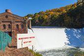 Nolichucky Dam