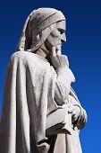 Statue von Dante Verone (Verona)-Italien