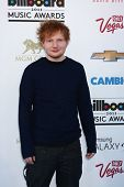 LOS ANGELES -  MAY 19:  Ed Sheeran arrives at the Billboard Music Awards 2013 at the MGM Grand Garde