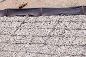 Controle da erosão do revestimento de banco da malha de fios de cascalho