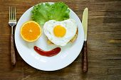 pic of scrambled eggs  - funny face serving breakfast - JPG