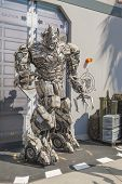 Los Angeles -usa, October, 3: Man In The Costume Of Megatron Robot At Universal Studios In Los