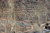 Structure of the stone quarry