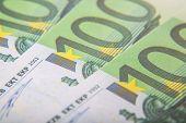 100 Euro notes detail