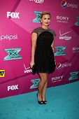LOS ANGELES - SEP 11:  Demi Lovato arrives at the FOX Season 2 Premiere of X-Factor at Graumans Chin