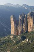 montañas rocosas en Riglos, Aragón, España