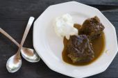 Sticky Pudding And Cream