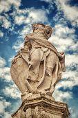 Statue, Italy