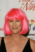 Jamie Lee Curtis at the 2009 Noche De Ninos Gala. Beverly Hilton Hotel, Beverly Hills, CA. 05-09-09