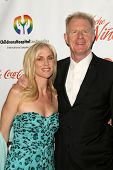Rachelle Carson and Ed Begley Jr  at the 2009 Noche De Ninos Gala. Beverly Hilton Hotel, Beverly Hil