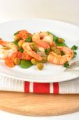 Shrimps With Mangetout Pea And organic Tomato